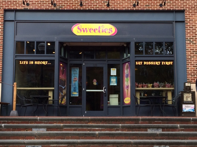 Sweeties store front in Frederick