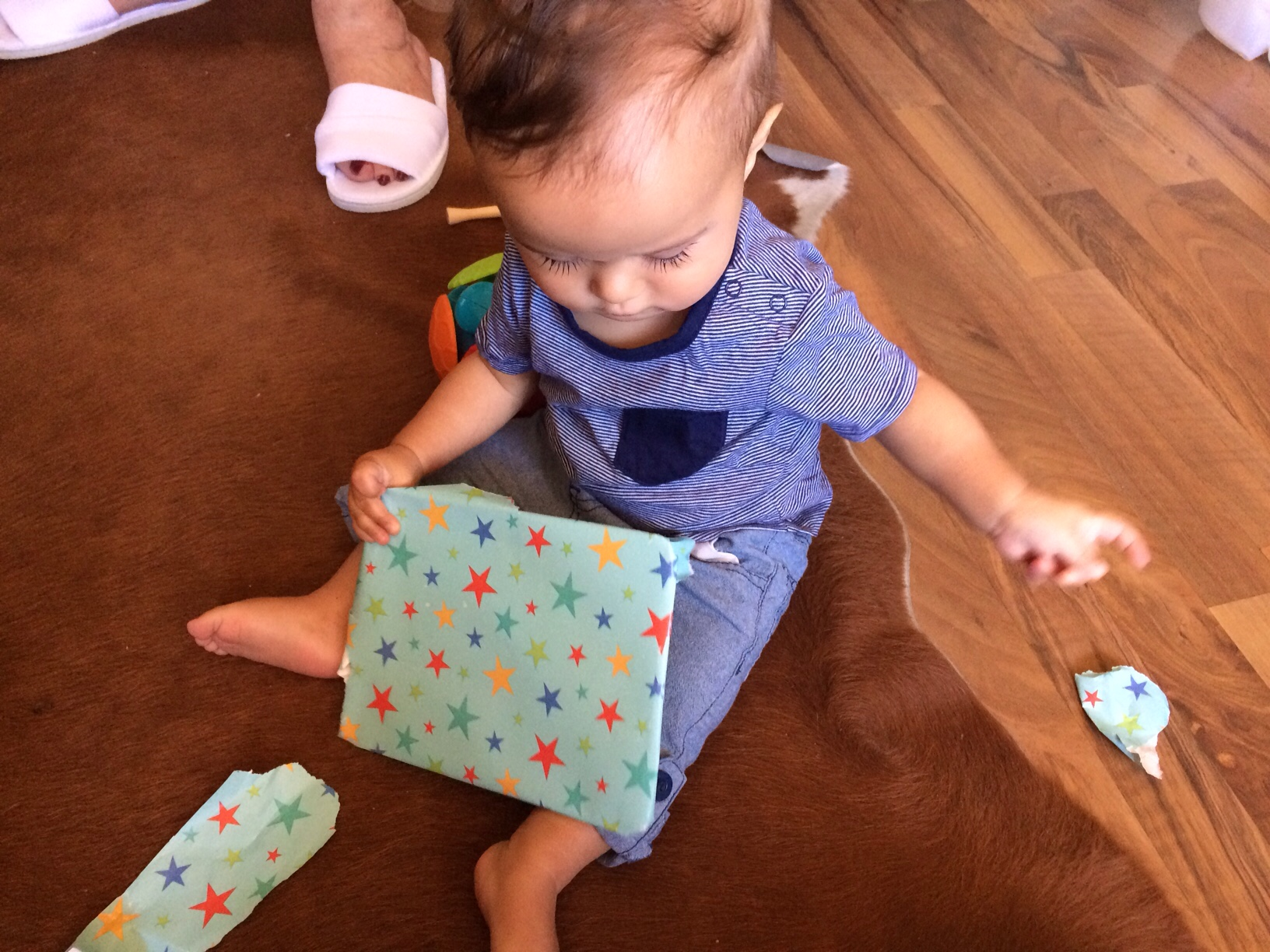 Baby boy o opening presents