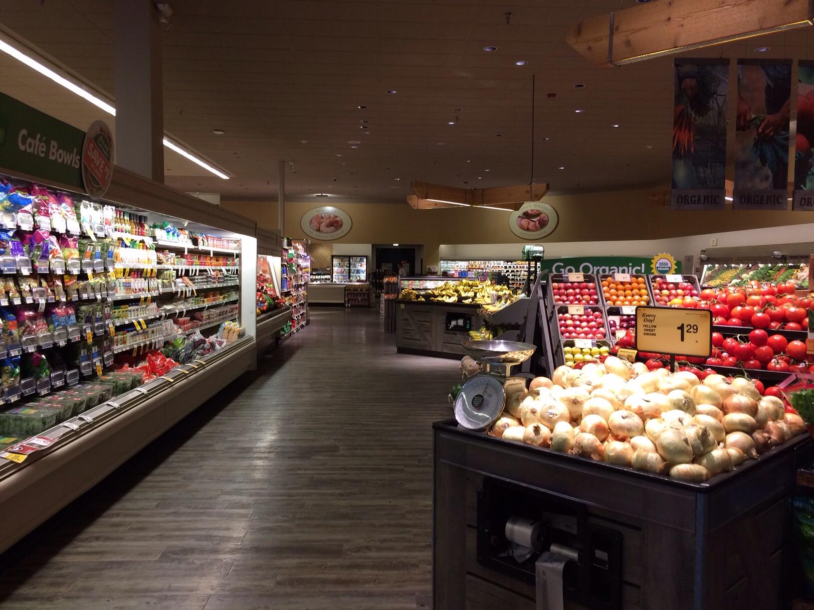 Safeway grocery